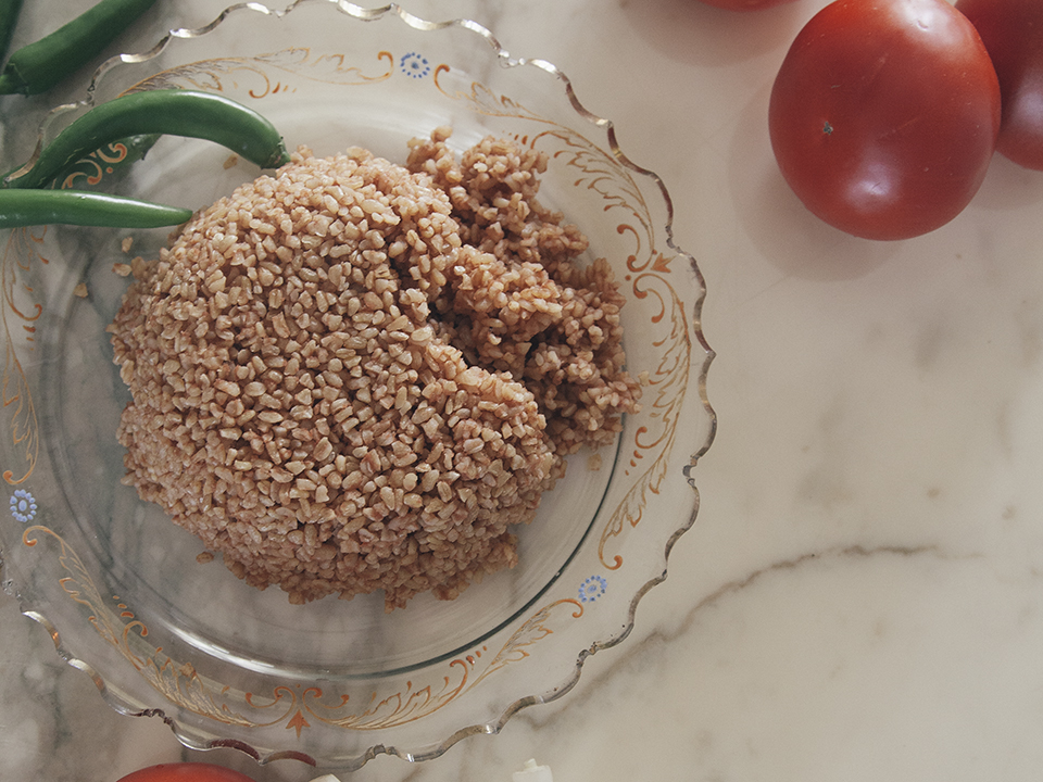 Bulgur-with-tomatoes-and-peppers,wpbakery